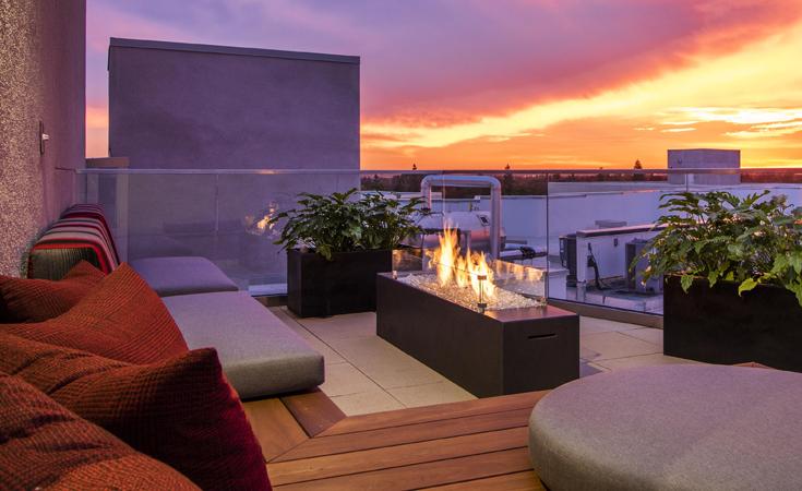 Moda_Apartments_Monrovia_CA_Rooftop_Dusk_01