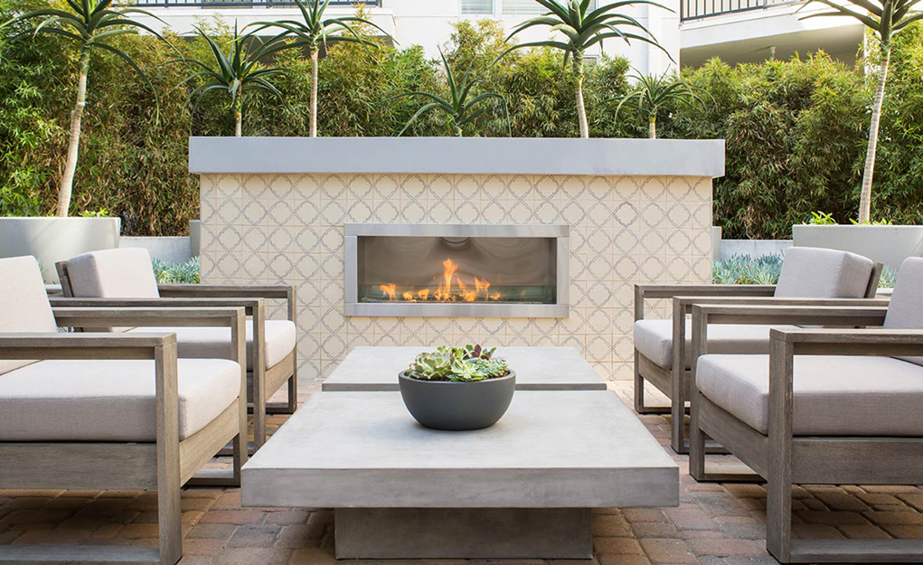 5550Hollywood_Fireplace